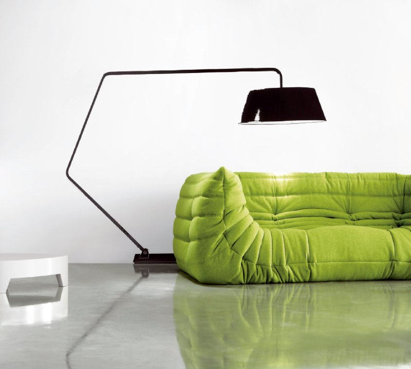 Stylish sofa or dirty beanbag my friend 39 s house for Sofa jugendzimmer