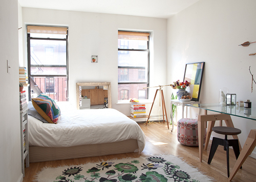 One man s ceiling is another man s floor my friend 39 s house Tiny apartment new york