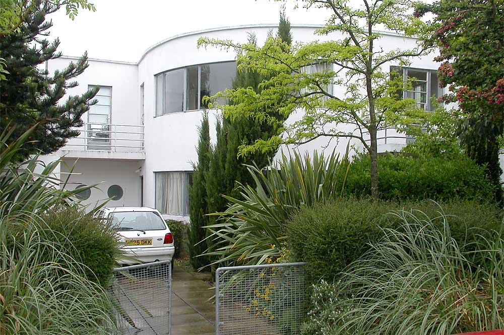 Frinton-on-sea | Andrew Weaving house | Frinton Park Estate DA