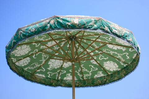 Vintage green parasol | Sunbeam Jackie | My Friend's House