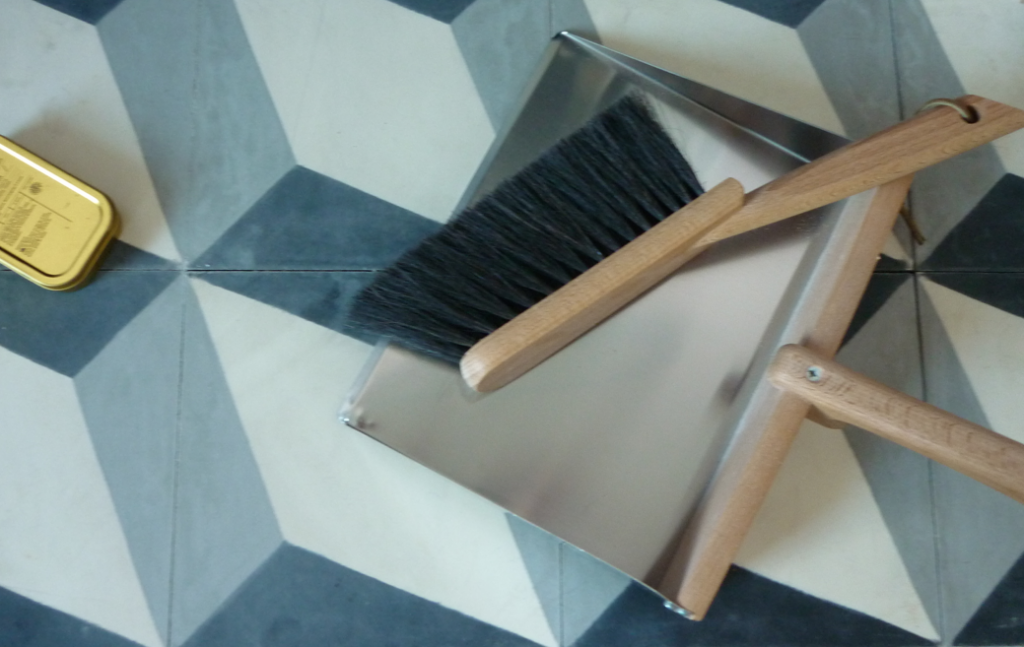 horsehair dustpan and brush