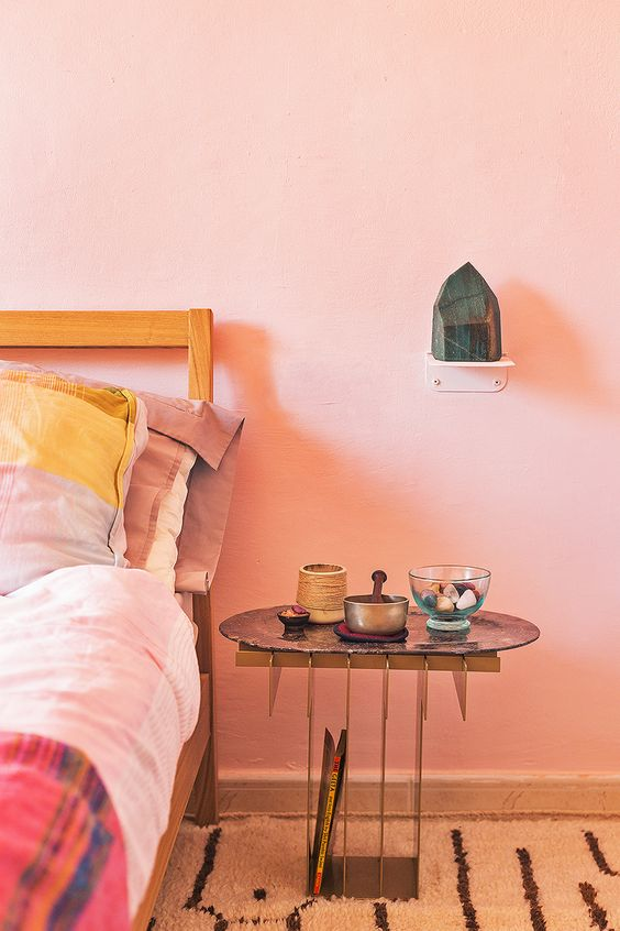 Pink Bedroom | small shelf | My Friend's HOuse