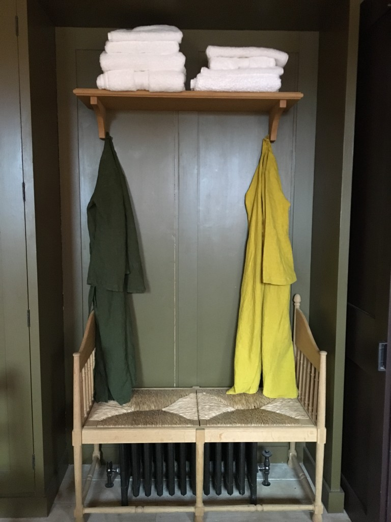 Linen bath robes | My Friend's House
